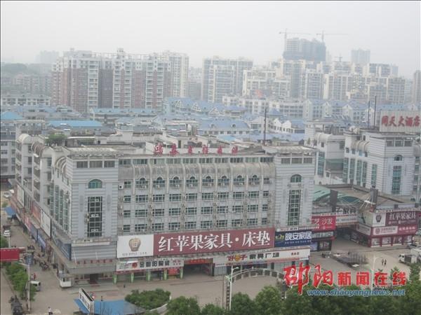 火车站站前区新貌