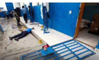 抢夺武器集体越狱 174名囚犯在逃