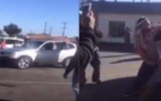 实拍两女子为抢停车位当众掐架互殴