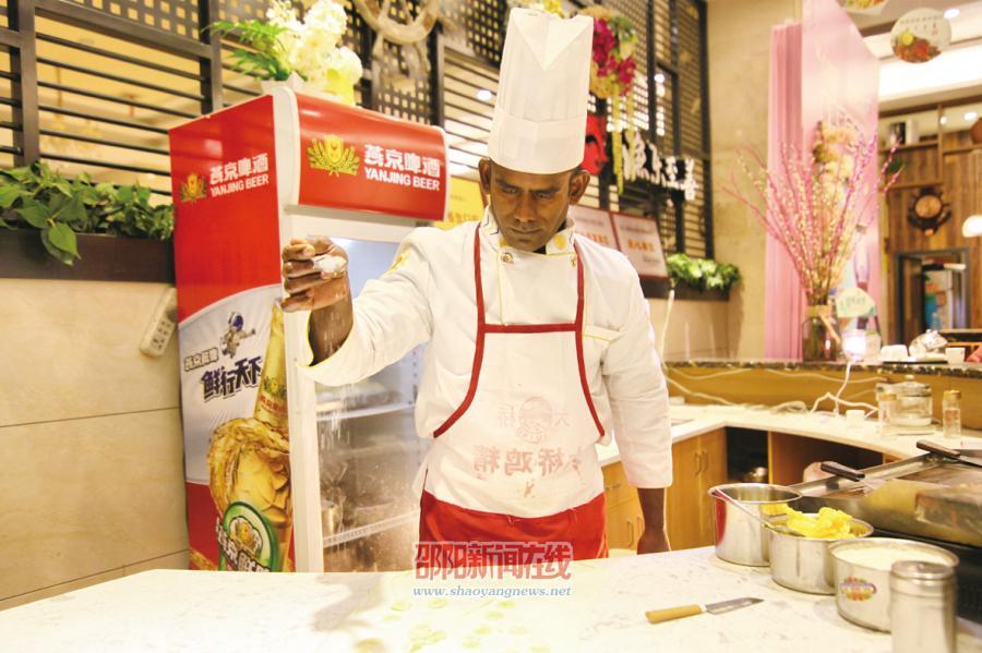 """""""印度飞饼师""""阿拉苏的梦想"""