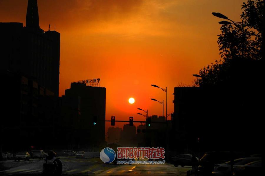 久违的阳光让城市更美丽
