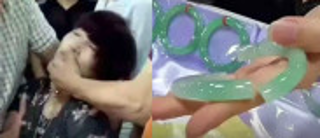女游客试戴翡翠手镯不慎摔断 一问价格30万晕倒在地