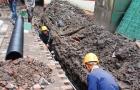 双清区人民二巷下水道堵塞 施工人员入场解居民烦忧