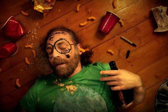 5种常用食物轻松摆脱宿醉困扰