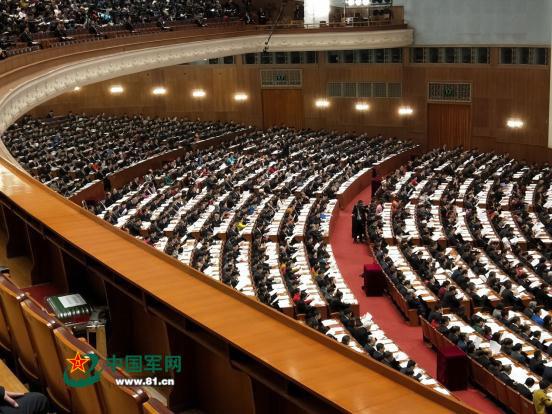 3月13日上午,国务院机构改革方案提请十三届全国人大一次会议审议。中国军网记者冯凯旋摄