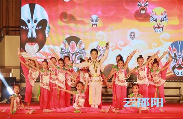 邵阳拍客   全市第六届中小学生艺术展演开始啦!精彩节目看不停