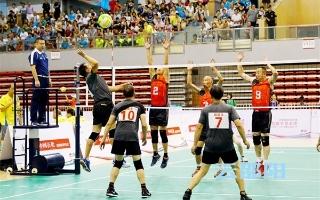邵阳拍客   气排球赛第二个比赛日展开激烈交锋