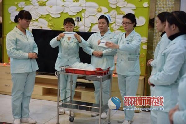 邵阳汇恩生殖专科医院开展护士脱帽护理服务