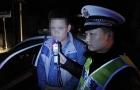 新邵:三轮车驾驶人酒驾强行冲卡被拘