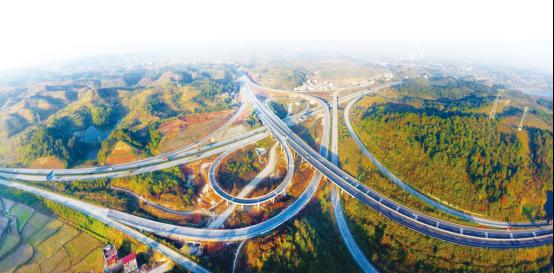 邵阳市道路水路清明节输送旅客11万人次